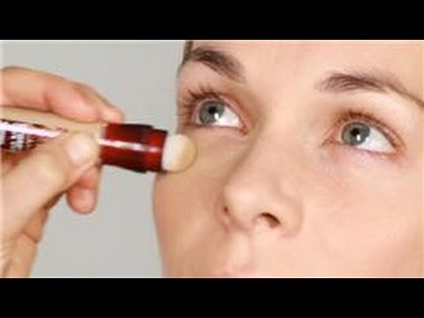 How to Erase Fine Lines Under Your Eyes