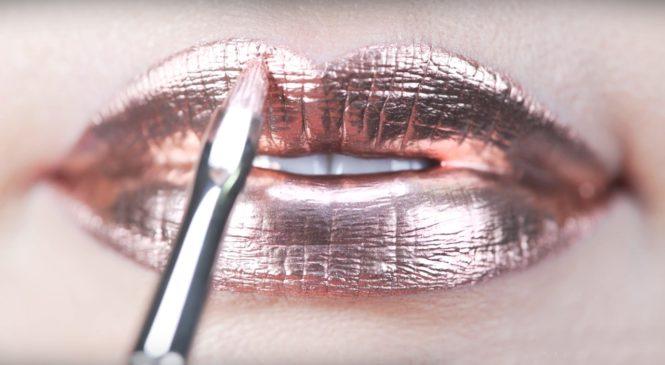 Metallic | Glitter Lips Makeup Tutorial